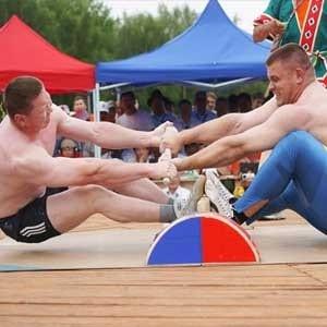 mas-wrestling